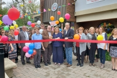 Manor-Cafe-Ribbon-Cutting